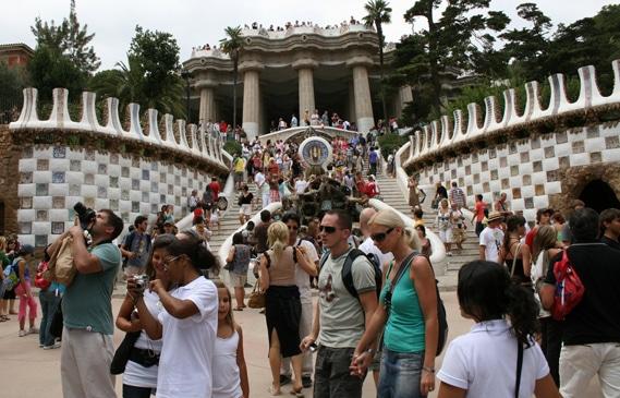 España cerrará el año superando los 57,7 millones de turistas internacionales